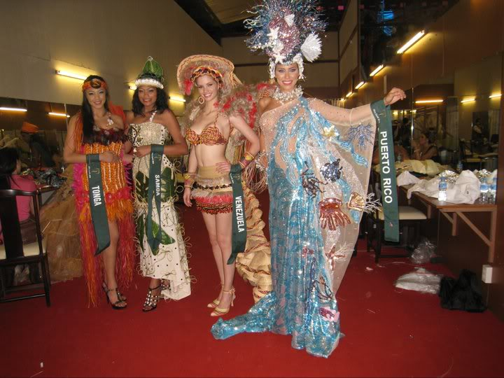 mariangela bonanni, top 7 de miss earth 2010. - Página 6 Jkjg48y4