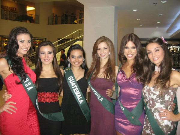 mariangela bonanni, top 7 de miss earth 2010. - Página 8 Li7cknhi
