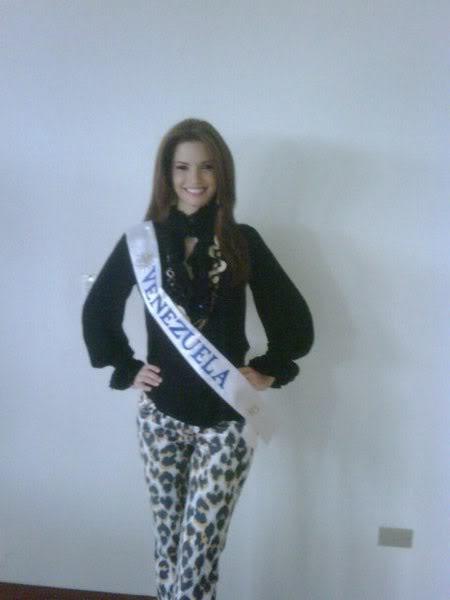 mariangela bonanni, top 7 de miss earth 2010. - Página 9 Ob4o4k4b