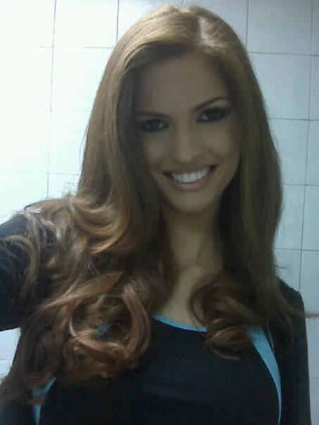 mariangela bonanni, top 7 de miss earth 2010. - Página 4 Q2zjtme3