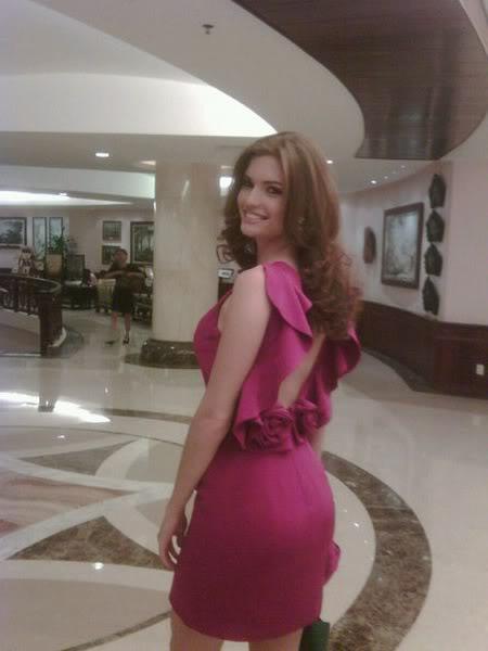 mariangela bonanni, top 7 de miss earth 2010. - Página 5 Usyegqxz