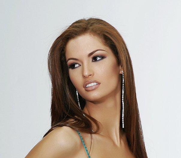 mariangela bonanni, top 7 de miss earth 2010. - Página 3 V74rej52