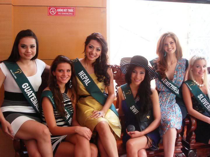 mariangela bonanni, top 7 de miss earth 2010. - Página 9 Wa873hbw