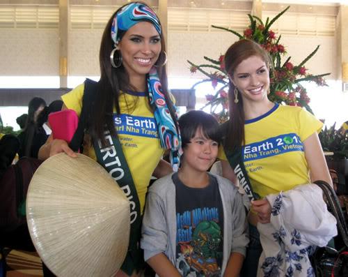 mariangela bonanni, top 7 de miss earth 2010. - Página 4 Yzdp7c7y