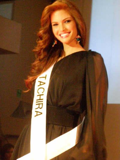 mariangela bonanni, top 7 de miss earth 2010. - Página 4 Ze4p35m8
