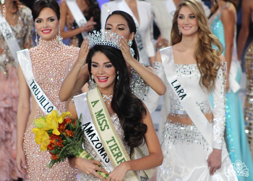 andrea rosales, miss earth venezuela 2015 (top 8 de miss earth 2015). Liewthff