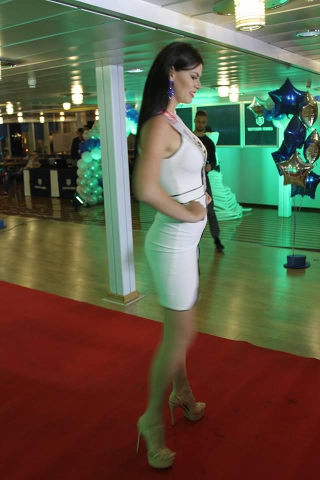 brasil para the miss globe 2016: leticia cappatto. - Página 4 Ikm2f95i