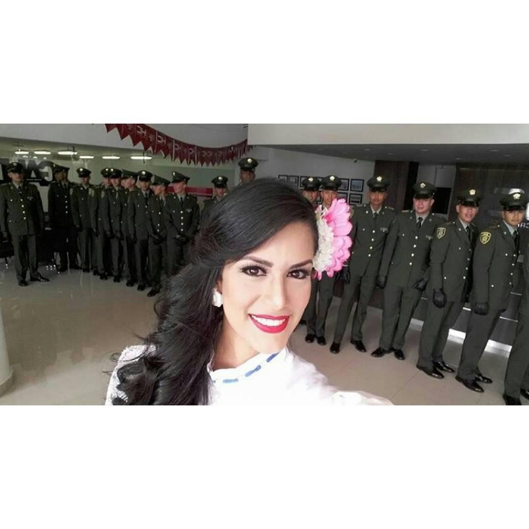 ana cristina diaz, miss venezuela reinado internacional cafe 2017.  - Página 2 2emjrwdv