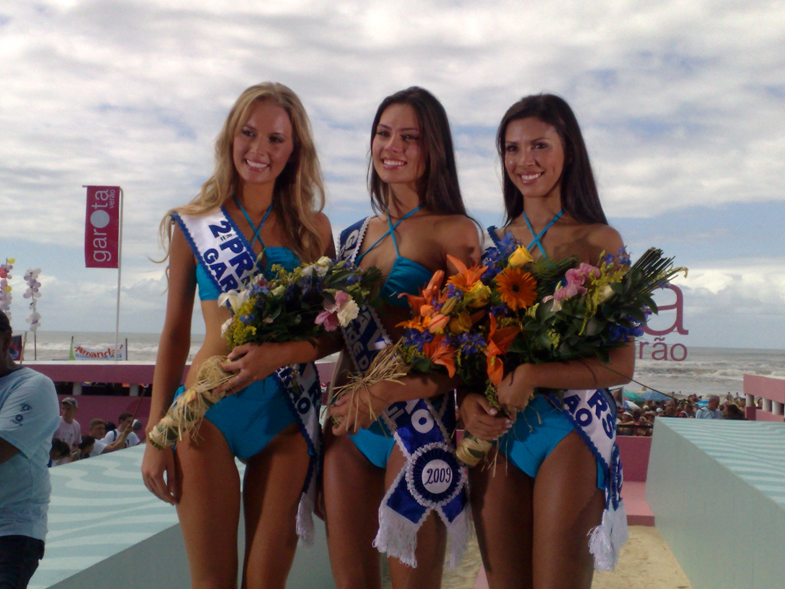 recordando garota verao 2009, a princesa foi a miss mundo brasil 2013. Yq28oig7