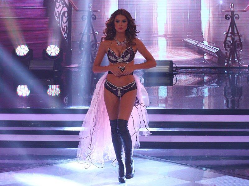 laura spoya, miss america latina mundo 2016. - Página 5 6po9i25c