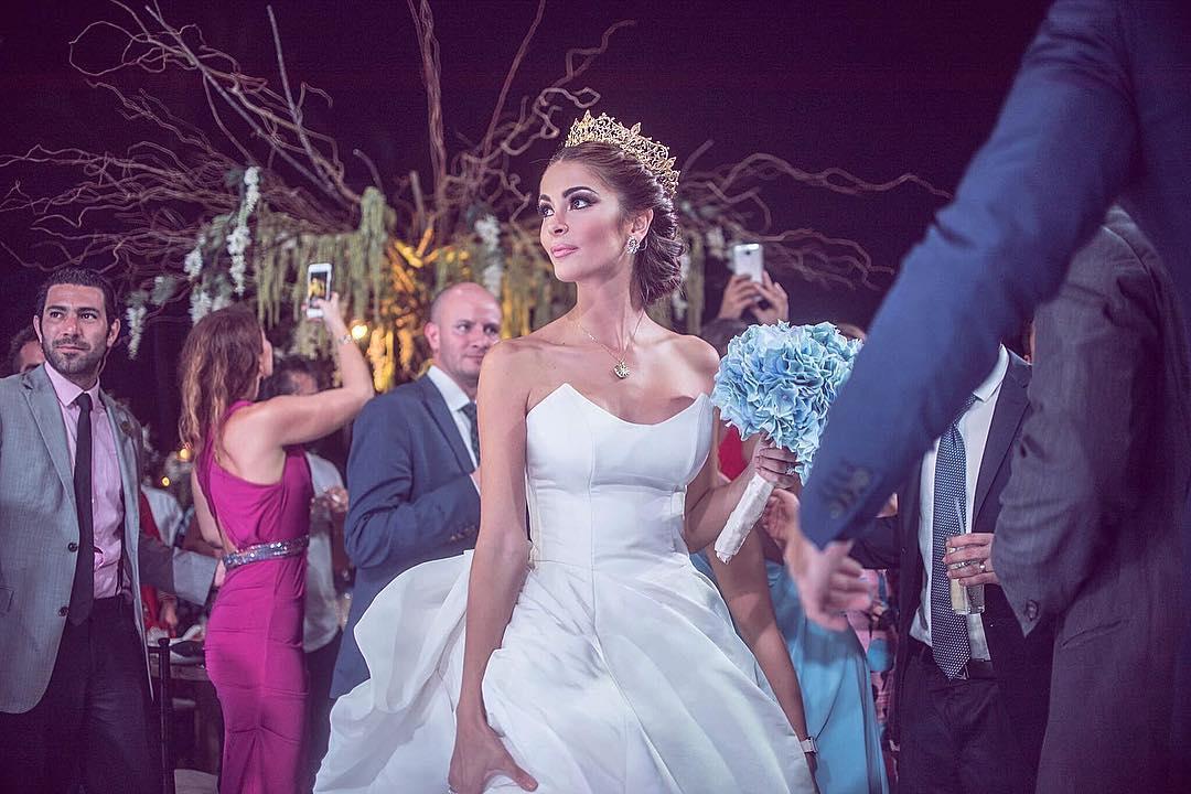 laura spoya, miss america latina mundo 2016. - Página 19 Cvxdkezl