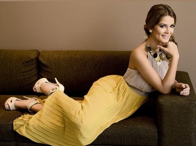 laura spoya, miss america latina mundo 2016. - Página 5 Ljzqvxpu