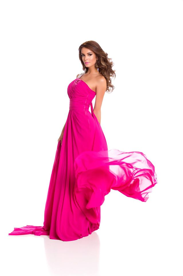 laura spoya, miss america latina mundo 2016. - Página 4 Rj33pk2a