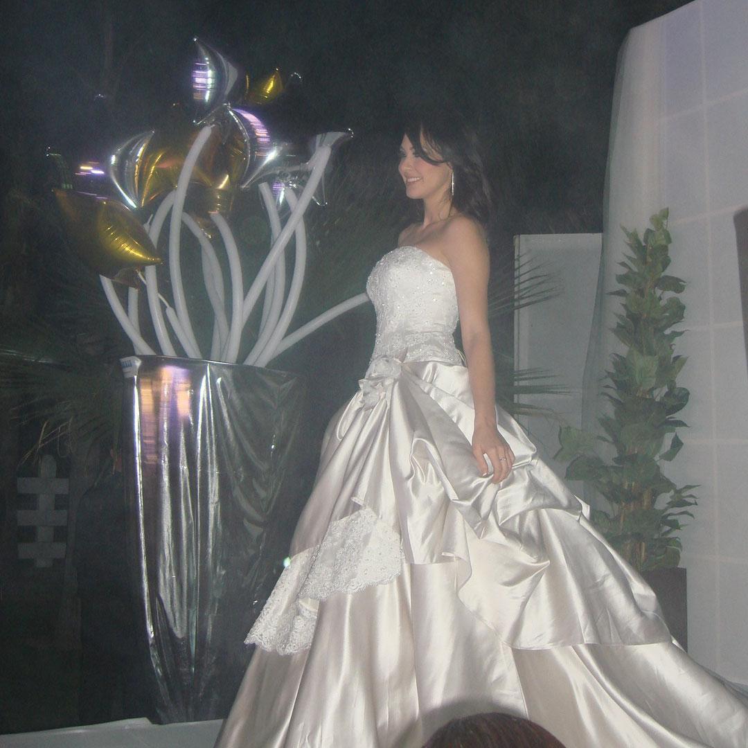perla beltran, 1st runner-up de miss world 2009. Guocduqy