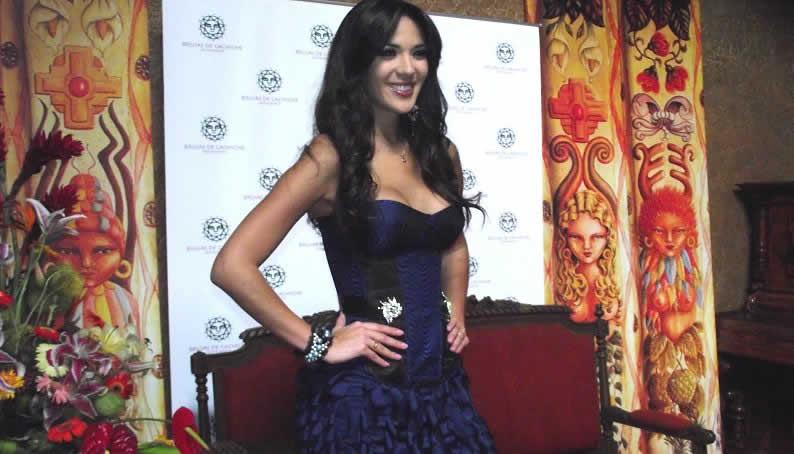 silvia cornejo, primera latina a ser miss tourism queen international 2008. - Página 2 8hjuzlnk