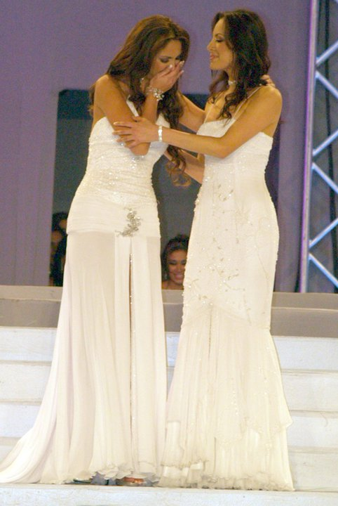 silvia cornejo, primera latina a ser miss tourism queen international 2008. - Página 2 Cog7ubub