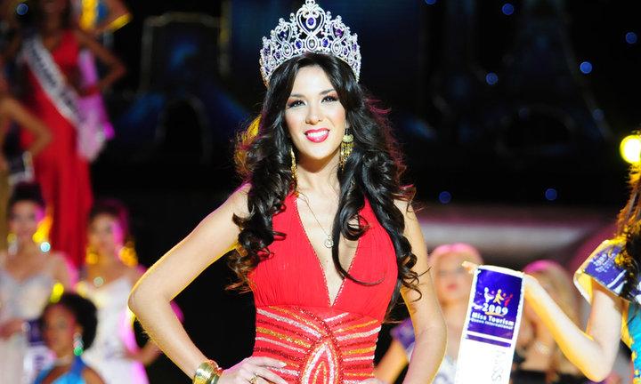 silvia cornejo, primera latina a ser miss tourism queen international 2008. - Página 3 Fj57a7qo