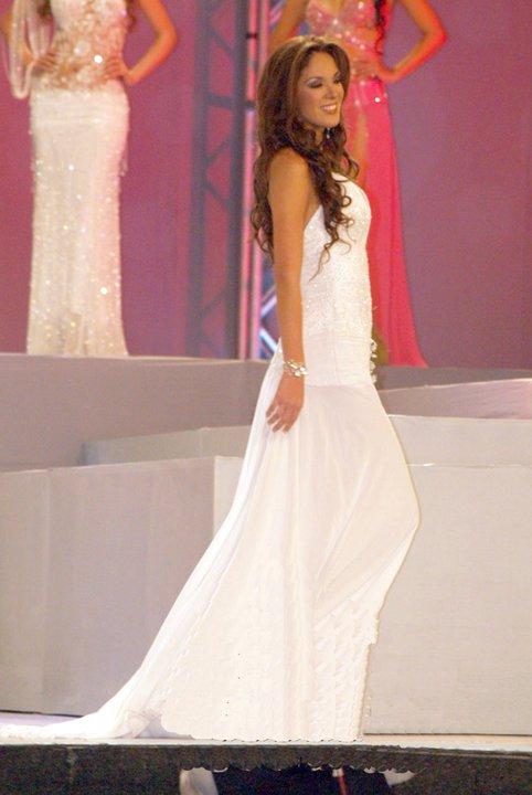 silvia cornejo, primera latina a ser miss tourism queen international 2008. - Página 2 Jczog6ez