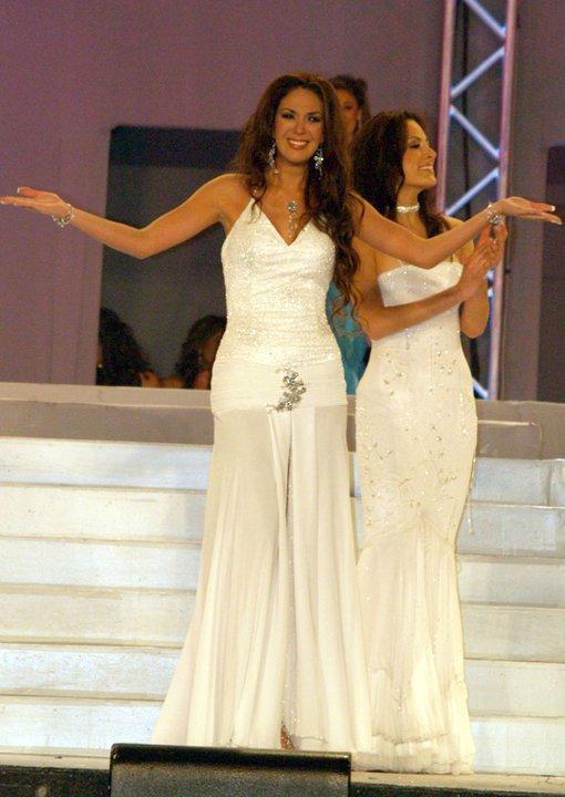 silvia cornejo, primera latina a ser miss tourism queen international 2008. - Página 2 Kf7goa3v