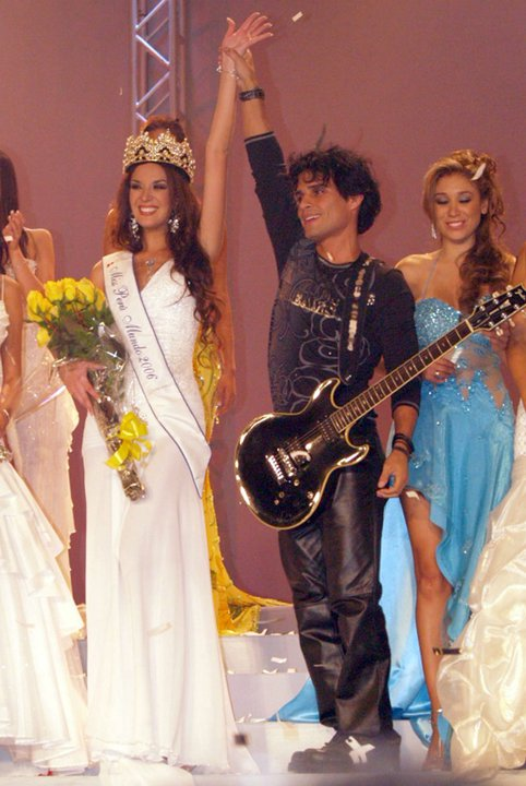 silvia cornejo, primera latina a ser miss tourism queen international 2008. - Página 2 Lpc4k93k