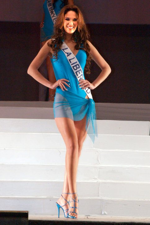 silvia cornejo, primera latina a ser miss tourism queen international 2008. Zflzboso