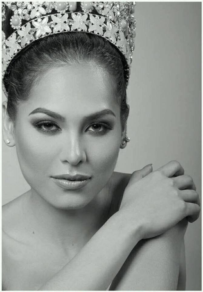 andrea meza, mexicana universal 2020/1st runner-up de miss world 2017. - Página 3 M7frt73d