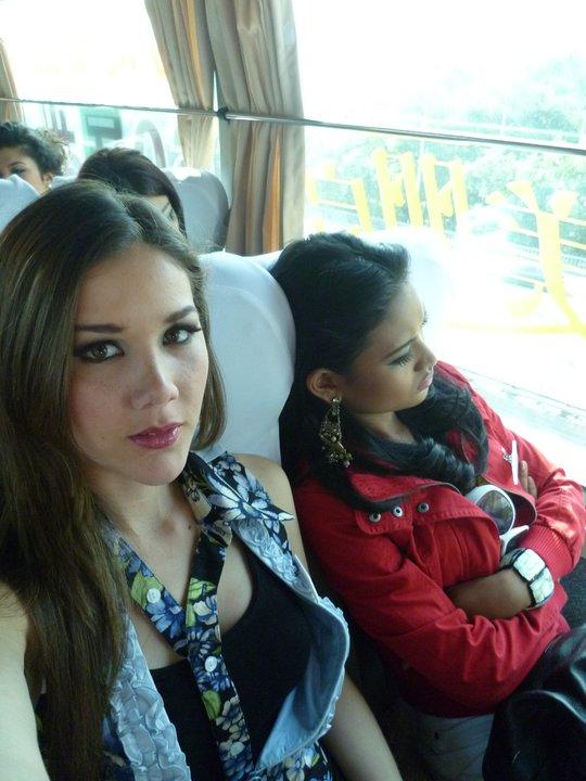 alexandra liao, miss mundo peru 2010. - Página 2 2tvrpoyx