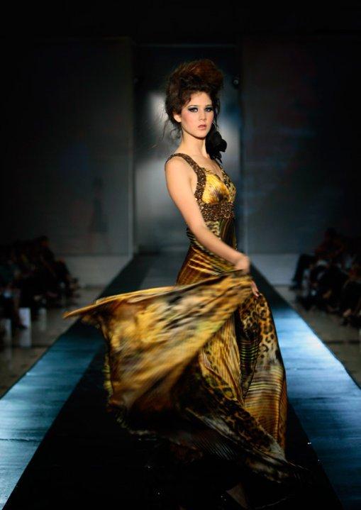 alexandra liao, miss mundo peru 2010. - Página 2 Bd3cxupe