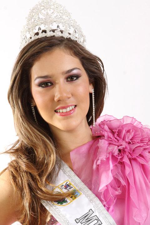 alexandra liao, miss mundo peru 2010. I5asu7kg