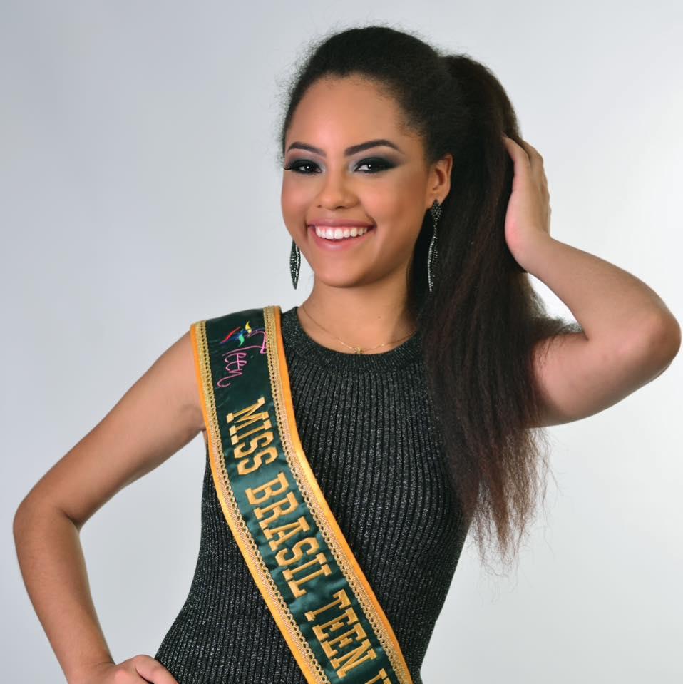 natali vitoria, top 15 de miss brasil universo 2019 /miss brasil teen universe 2017. primeira miss negra a vencer o miss roraima. 8vmzlyx9