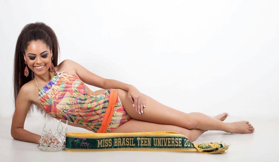 natali vitoria, top 15 de miss brasil universo 2019 /miss brasil teen universe 2017. primeira miss negra a vencer o miss roraima. 9zdgiyyn
