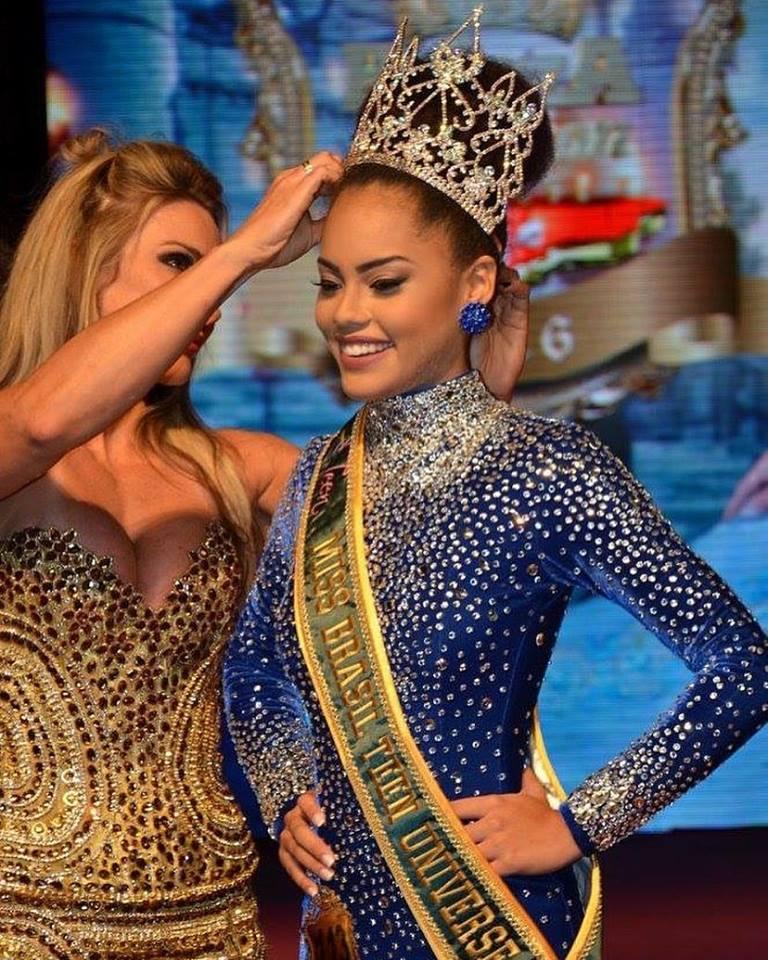 natali vitoria, top 15 de miss brasil universo 2019 /miss brasil teen universe 2017. primeira miss negra a vencer o miss roraima. - Página 4 Akck44ua