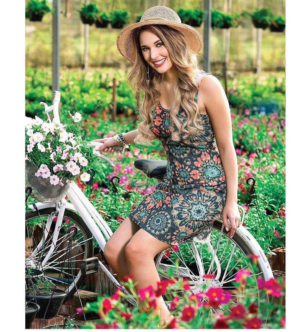 katherin strickert, miss megaverse 2018, 1st runner-up de supermodel international 2017. - Página 3 Culbkwmo