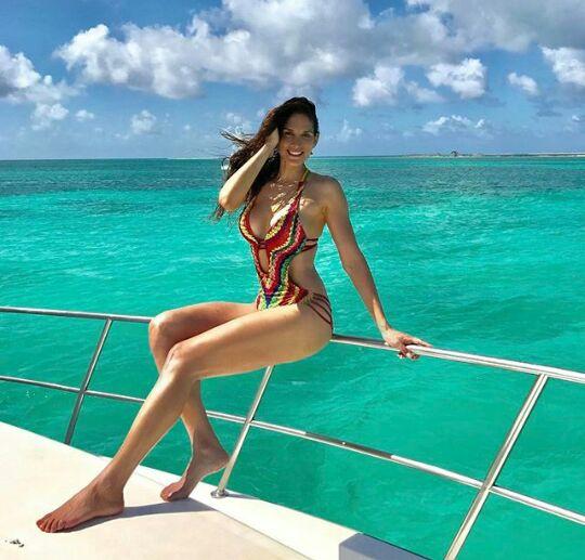 maria milagros veliz, miss mundo venezuela 2009. - Página 3 Dn4noaj7