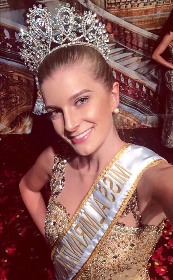 jessica piekas coroada como miss almirante tamandare universo 2017. S87ynn3n