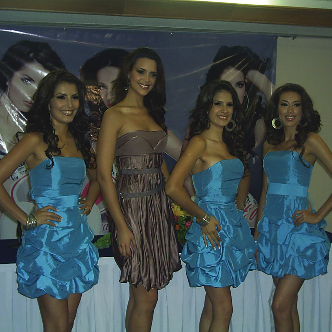elisa najera, top 5 de miss universe 2008. - Página 2 Xenbv4vf