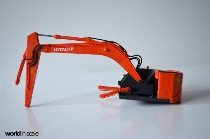 Hitachi ZAXIS 135US - 1/35 by Hasegawa Y7khgqtw