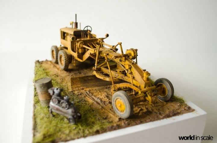 "Caterpillar 12 ""Motor Grader"" - 1/35 by Plus Model B4ysfsme"