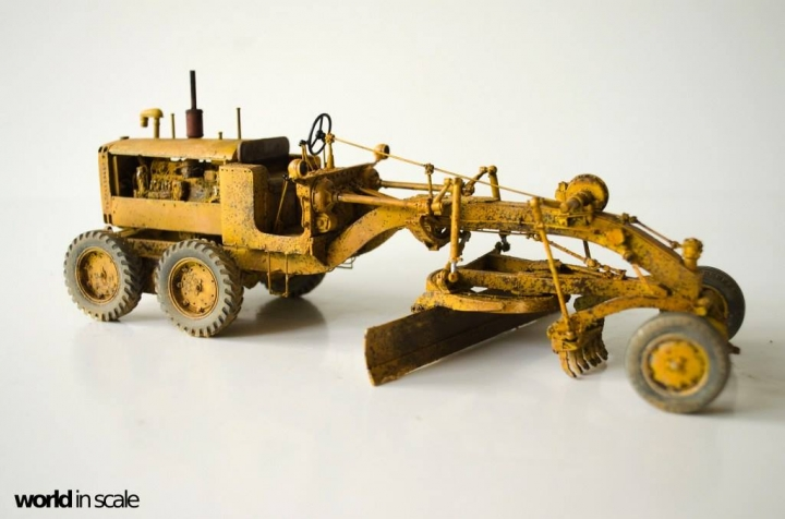 "Caterpillar 12 ""Motor Grader"" - 1/35 by Plus Model Diq76kqg"