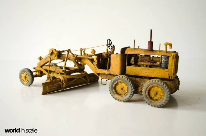 "Caterpillar 12 ""Motor Grader"" - 1/35 by Plus Model R8ykmwix"