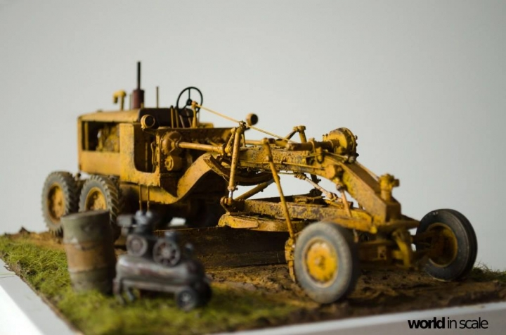 "Caterpillar 12 ""Motor Grader"" - 1/35 by Plus Model Z97fuumj"