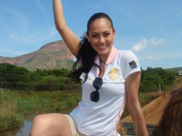 perla beltran, 1st runner-up de miss world 2009. - Página 15 75h596tl