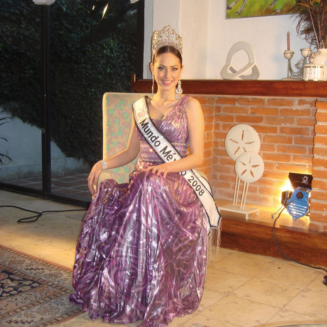 perla beltran, 1st runner-up de miss world 2009. - Página 26 Y89k9htj