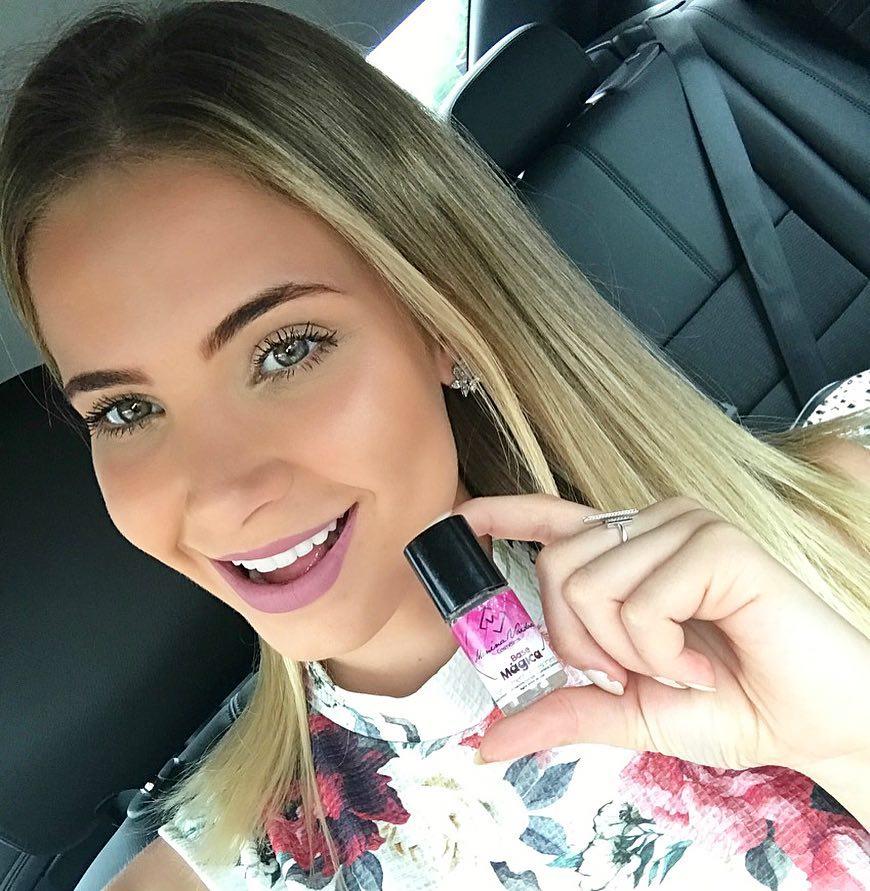 bruna vizintin, destituida do titulo de miss brasil terra 2017. - Página 3 33bg3g5q