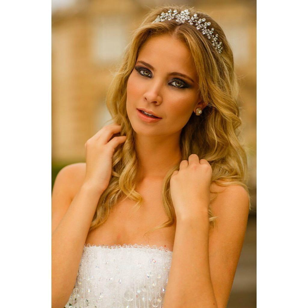 bruna vizintin, destituida do titulo de miss brasil terra 2017. - Página 3 6r4frxyi