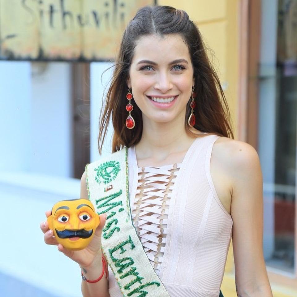 stephanie de zorzi, miss venezuela earth 2016. - Página 7 Sn26mno9