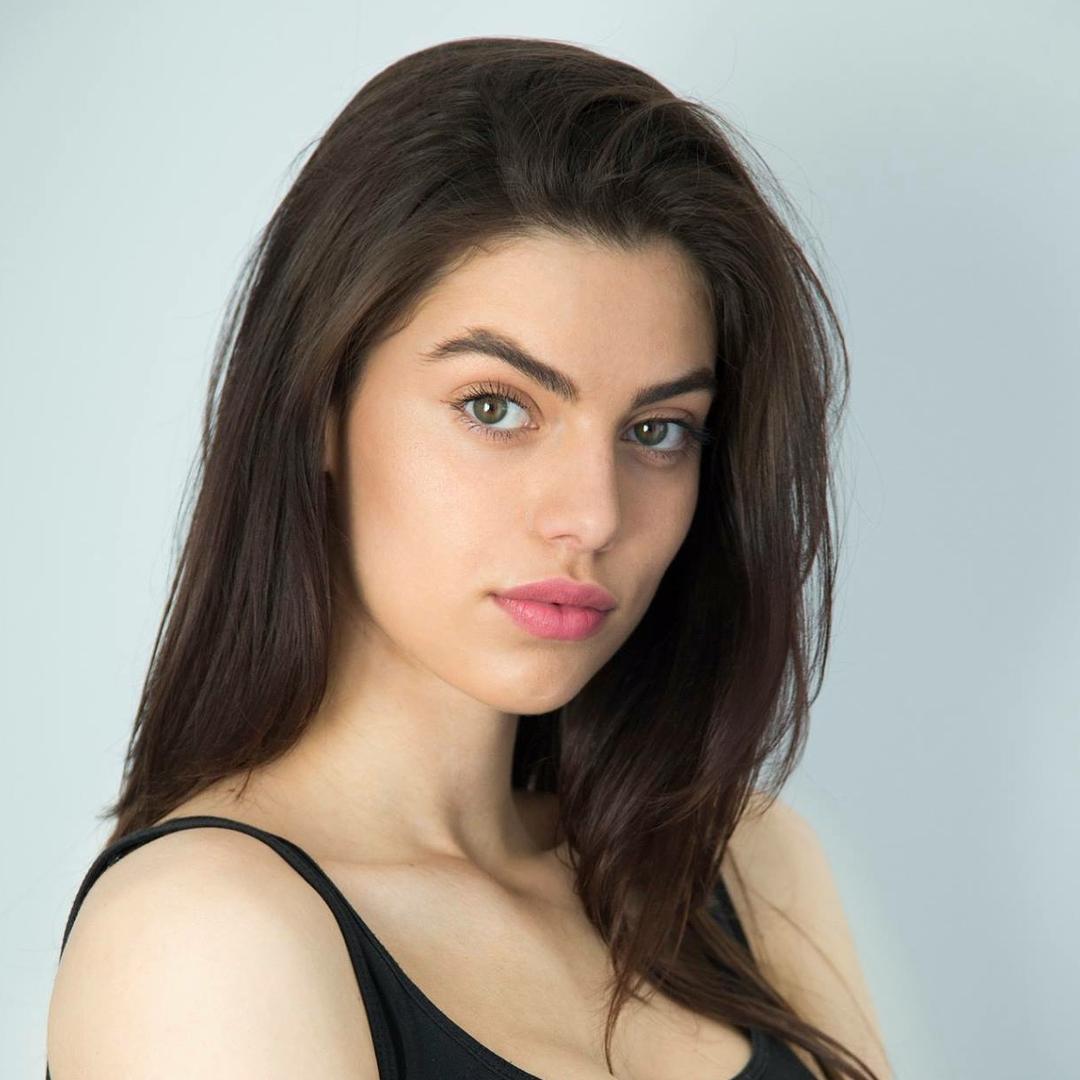 candidatas a miss universe kosovo 2018. final: 29 june. Bzkjwpi8