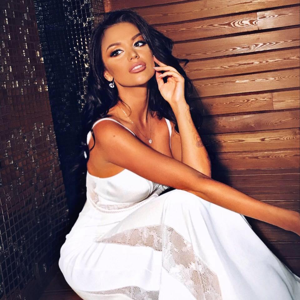 candidatas a miss universe ukraine 2018. final: 14 agosto. - Página 2 C8dbrmn3