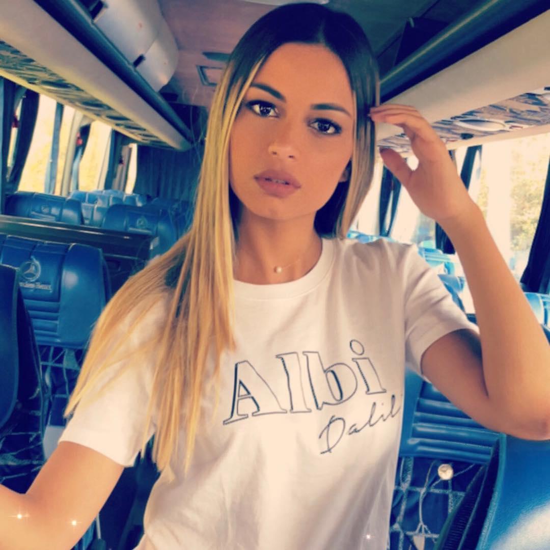 candidatas a miss lebanon 2018. final: 30 sep. - Página 4 Sftbh3pk