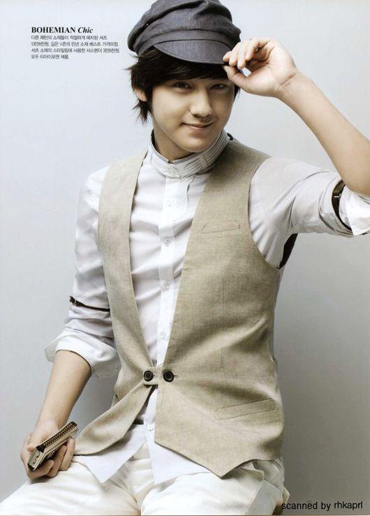 معلومآت عن الممثل الكوري Kim Bum الحآصل علي لقب آجمل ششاب في العالم Kim-bum-903100011